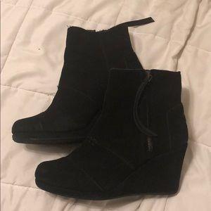 Black TOMS booties size 8
